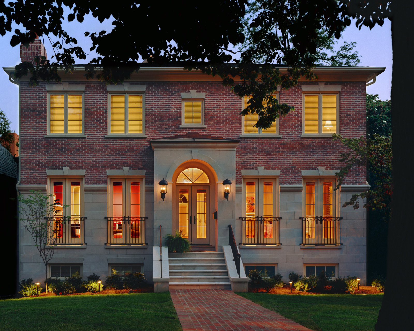 Exterior Paint Colors For Red Brick Homes 12 Best Choices You Can Select Aprylann