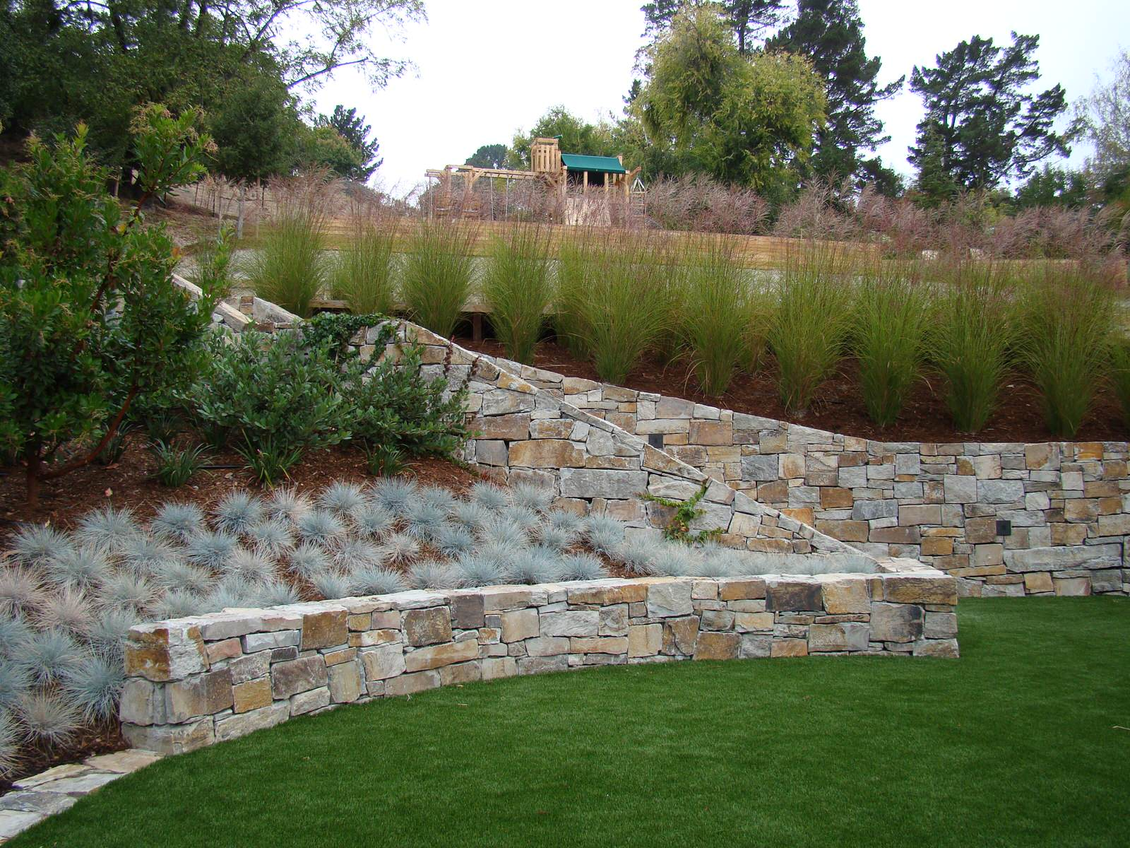 20 Most Inspiring Retaining Wall Ideas for Steep Slopes in a ...