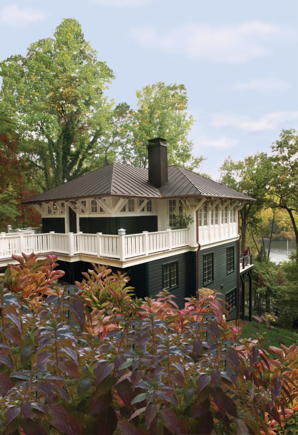 arts and crafts cabin home with exterior paint mix color of benjamin moore charleston green