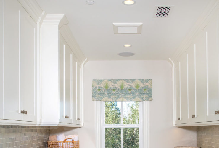 ceramic tile laundry room floor for a durable use