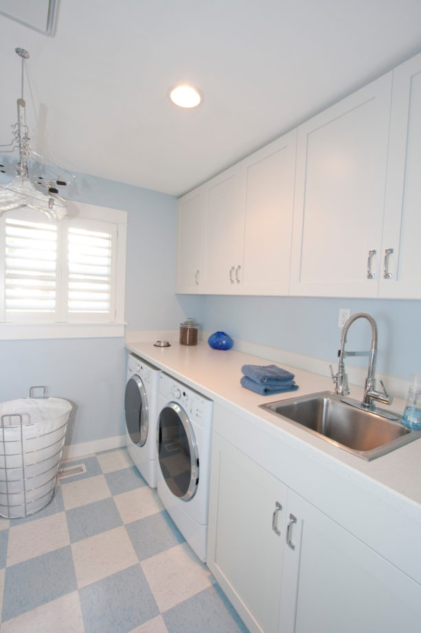 multicolored vinyl composition tile laundry room floor for a more stable area