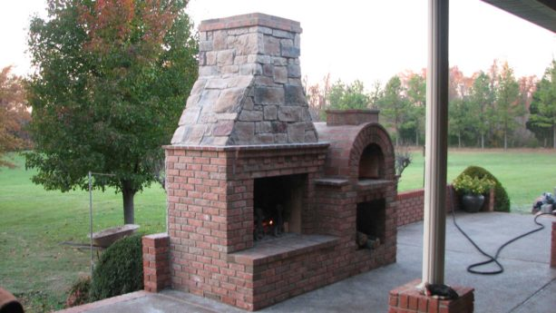 combination of outdoor fireplace and mattone barile brick pizza oven