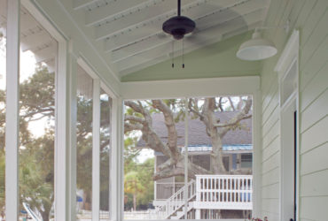 ideas of a ranch style home with a fun and bright front porch